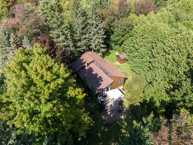FEATURED LISTING: 416861 10th Line The Blue Mountains