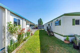 """Photo 24: 119 1840 160 Street in Surrey: King George Corridor Manufactured Home for sale in """"Breakaway Bays"""" (South Surrey White Rock)  : MLS®# R2598312"""