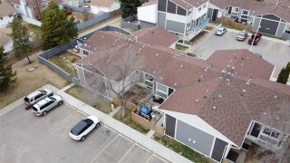 Photo 37: 617 WILLOW Court in Edmonton: Zone 20 Townhouse for sale : MLS®# E4240876