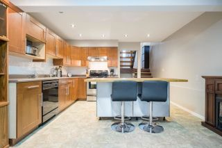 """Photo 6: 233 BALMORAL Place in Port Moody: North Shore Pt Moody Townhouse for sale in """"Balmoral Place"""" : MLS®# R2585129"""