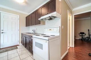 Photo 18: 9176 138 Street in Surrey: Bear Creek Green Timbers House for sale : MLS®# R2402252