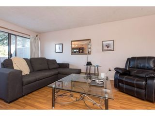 """Photo 6: 102 31955 OLD YALE Road in Abbotsford: Abbotsford West Condo for sale in """"Evergreen Village"""" : MLS®# R2566463"""