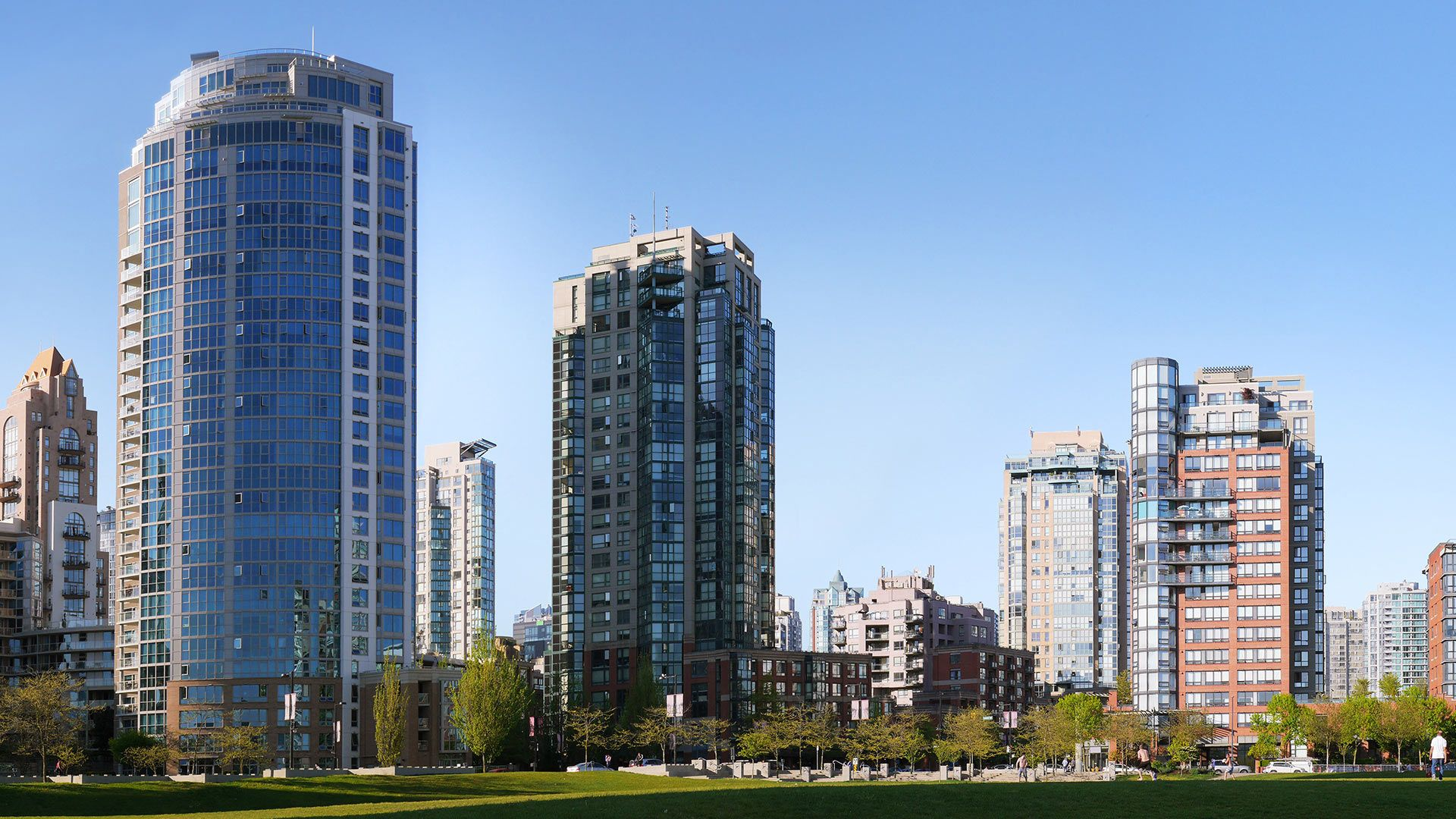 Main Photo: 10 900 Beatty Street in Vancouver: Yaletown Condo for sale : MLS®# MRP2820