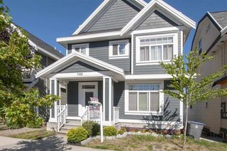 Photo 2: 7068 148 Street in Surrey: East Newton House for sale : MLS®# R2278141