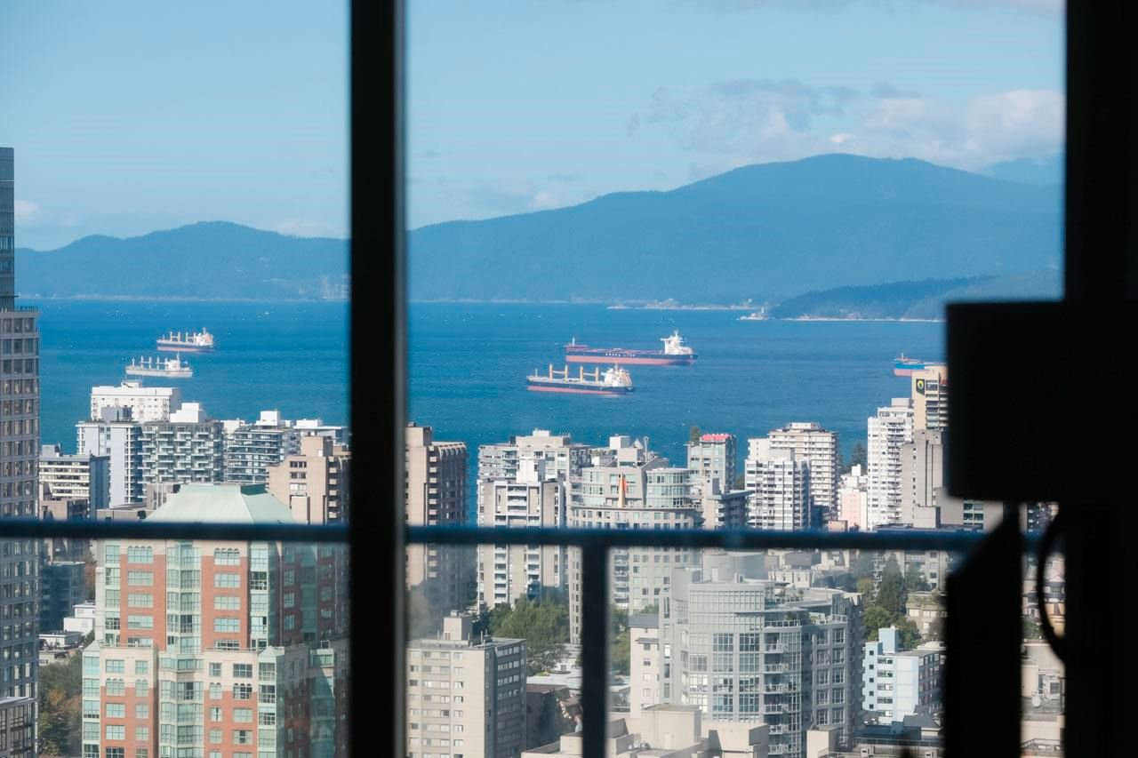"""Main Photo: 4703 777 RICHARDS Street in Vancouver: Downtown VW Condo for sale in """"Telus Garden"""" (Vancouver West)  : MLS®# R2616967"""