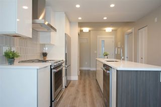 Photo 3: 307 1496 CHARLOTTE Road in North Vancouver: Lynnmour Condo for sale : MLS®# R2569715