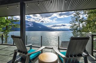Photo 6: 5846 Sunnybrae-Canoe Point Road, in Tappen: House for sale : MLS®# 10240711