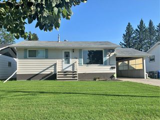 Photo 2: 132 Bossons Avenue in Dauphin: Northeast Residential for sale (R30 - Dauphin and Area)  : MLS®# 202121283