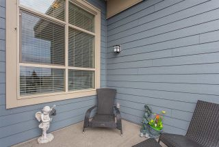 """Photo 11: 403 19936 56 Avenue in Langley: Langley City Condo for sale in """"BEARING POINTE"""" : MLS®# R2236302"""