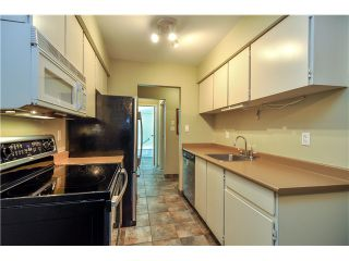 Photo 4: 415 9857 MANCHESTER Drive in Burnaby: Government Road Condo for sale (Burnaby North)  : MLS®# V1053693