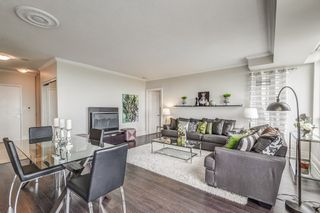 Photo 5: 2707 3880 Duke Of York Boulevard in Mississauga: City Centre Condo for sale : MLS®# W3836960