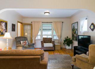 Photo 8: 2020 9 Avenue SE in Calgary: Inglewood House for sale : MLS®# C4138349