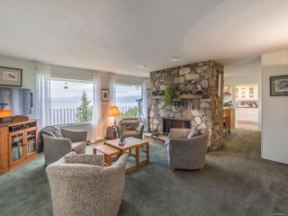 Photo 3: 411 Poplar Ave in : PQ Qualicum Beach House for sale (Parksville/Qualicum)  : MLS®# 886073