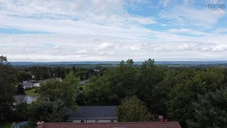 Photo 5: 38 Cloverleaf Drive in New Minas: 404-Kings County Residential for sale (Annapolis Valley)  : MLS®# 202122099