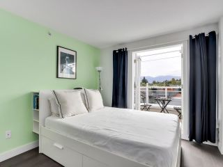 """Photo 12: 210 2545 W BROADWAY Avenue in Vancouver: Kitsilano Townhouse for sale in """"Trafalgar Mews"""" (Vancouver West)  : MLS®# R2590394"""
