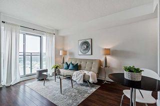 Photo 3: 817 120 Dallimore Circle in Toronto: Banbury-Don Mills Condo for sale (Toronto C13)  : MLS®# C5310379