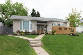 Photo 1: 11427 38 Avenue in Edmonton: Zone 16 House for sale : MLS®# E4249009