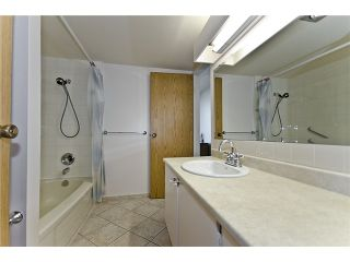 """Photo 8: 2301 4353 HALIFAX Street in Burnaby: Brentwood Park Condo for sale in """"BRENT GARDENS"""" (Burnaby North)  : MLS®# V906044"""