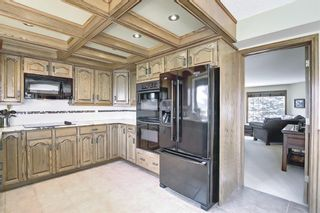 Photo 9: 111 Sirocco Place SW in Calgary: Signal Hill Detached for sale : MLS®# A1129573