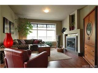 Photo 2:  in VICTORIA: Vi Mayfair House for sale (Victoria)  : MLS®# 430800