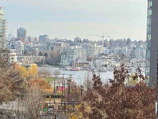 Photo 3: 607 550 PACIFIC STREET in Vancouver: Yaletown Condo for sale (Vancouver West)  : MLS®# R2518255