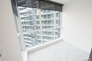 "Photo 12: 1028 68 SMITHE Street in Vancouver: Yaletown Condo for sale in ""ONE PACIFIC"" (Vancouver West)  : MLS®# R2137913"
