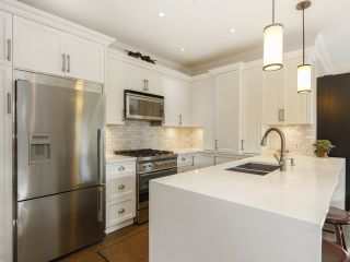 Photo 17: 3209 W 2ND AVENUE in Vancouver: Kitsilano Townhouse for sale (Vancouver West)  : MLS®# R2527751