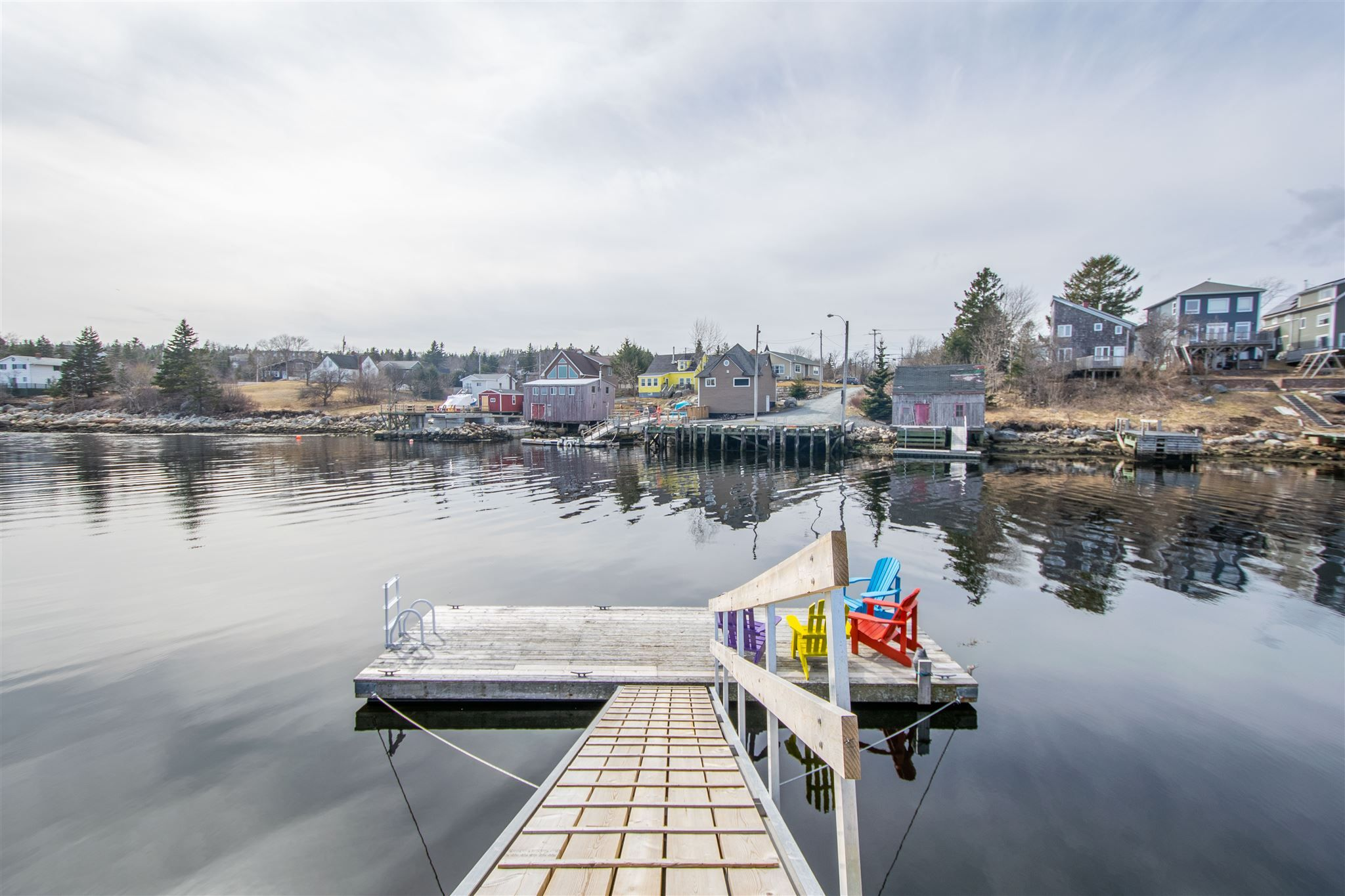 Photo 3: Photos: 63 Shore Road in Herring Cove: 8-Armdale/Purcell`s Cove/Herring Cove Residential for sale (Halifax-Dartmouth)  : MLS®# 202107484