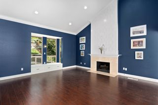 Photo 5: RANCHO SAN DIEGO House for sale : 4 bedrooms : 1542 Woody Hills Dr in El Cajon