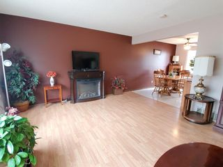 Photo 6: 5704 42 Avenue: Camrose Detached for sale : MLS®# A1138274