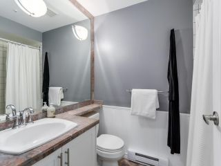 """Photo 16: 786 W 69TH Avenue in Vancouver: Marpole Townhouse for sale in """"MARPOLE"""" (Vancouver West)  : MLS®# R2118968"""