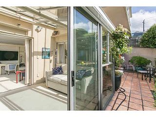 """Photo 3: M1 150 24TH Street in West Vancouver: Dundarave Condo for sale in """"SEASTRAND"""" : MLS®# V1129051"""