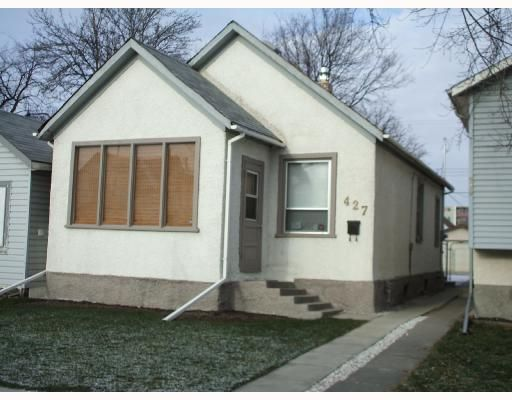 Main Photo: 427 RIVERTON Avenue in WINNIPEG: East Kildonan Residential for sale (North East Winnipeg)  : MLS®# 2719701