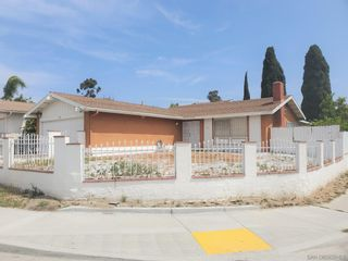Main Photo: House for sale : 3 bedrooms : 1345 Moraea St in San Diego