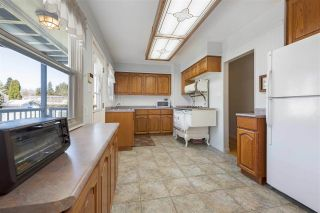 """Photo 4: 919 DUNDONALD Drive in Port Moody: Glenayre House for sale in """"Glenayre"""" : MLS®# R2353817"""