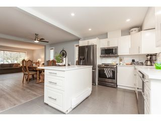 """Photo 2: 1036 LOMBARDY Drive in Port Coquitlam: Lincoln Park PQ House for sale in """"Lincoln Park"""" : MLS®# R2533102"""