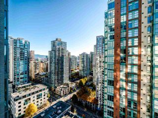 Photo 11: 2105 928 RICHARDS Street in Vancouver: Yaletown Condo for sale (Vancouver West)  : MLS®# R2515574