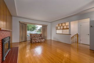 Photo 3: 145 HARVEY Street in New Westminster: The Heights NW House for sale : MLS®# R2218667