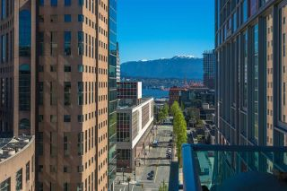 "Main Photo: 2007 788 HAMILTON Street in Vancouver: Downtown VW Condo for sale in ""TV TOWERS 1"" (Vancouver West)  : MLS®# R2281527"