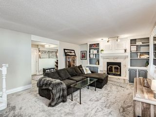 Photo 10: 71 Strathaven Circle SW in Calgary: Strathcona Park Detached for sale : MLS®# A1079924