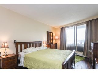 """Photo 12: 502 15111 RUSSELL Avenue: White Rock Condo for sale in """"Pacific Terrace"""" (South Surrey White Rock)  : MLS®# R2597995"""