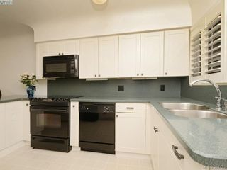 Photo 6: 2526 Kilgary Pl in VICTORIA: SE Cadboro Bay House for sale (Saanich East)  : MLS®# 783121