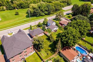 Photo 3: 94 Farewell Street in Oshawa: Donevan House (Bungalow-Raised) for sale : MLS®# E5329123