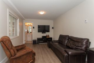 """Photo 18: 42 19913 70 Avenue in Langley: Willoughby Heights Townhouse for sale in """"THE BROOKS"""" : MLS®# R2208811"""
