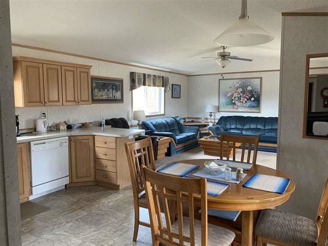 """Photo 10: Photos: 146 MCCONACHIE CREEK Road in Fort Nelson: Fort Nelson - Rural Manufactured Home for sale in """"MCCONACHIE CREEK"""" (Fort Nelson (Zone 64))  : MLS®# R2604285"""