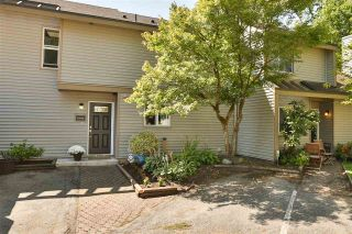 Photo 1: 6143 E GREENSIDE Drive in Surrey: Cloverdale BC Townhouse for sale (Cloverdale)  : MLS®# R2419802