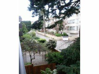 Photo 17: # 202 1330 MARTIN ST: White Rock Condo for sale (South Surrey White Rock)  : MLS®# F1400148