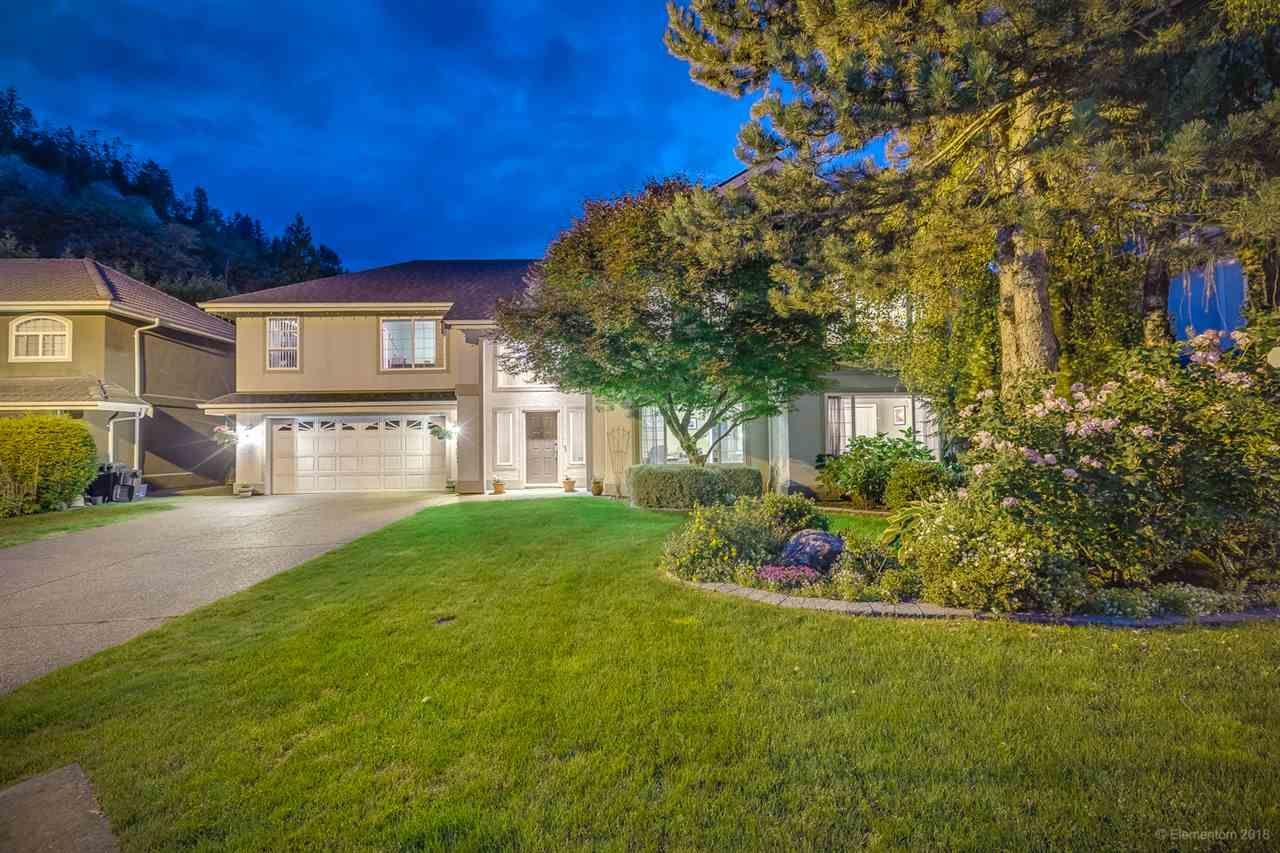 Main Photo: 3305 Rakanna Place in Coquitlam: Hockaday House for sale : MLS®# R2469680
