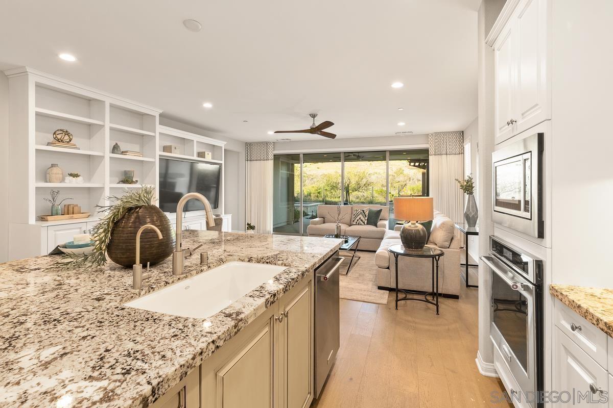 Photo 7: Photos: RANCHO BERNARDO House for sale : 3 bedrooms : 8012 Auberge Circle in San Diego