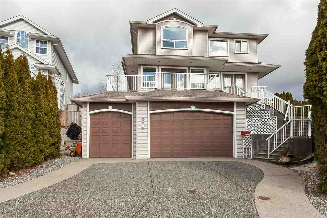 Main Photo: 8278 MCINTYRE Street in Mission: Mission BC House for sale : MLS®# R2448056